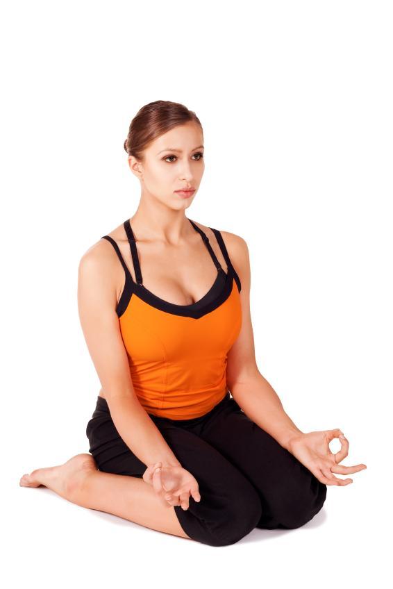 https://cf.ltkcdn.net/yoga/images/slide/149575-566x848r1-hero.jpg