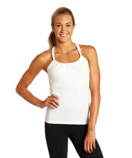 https://cf.ltkcdn.net/yoga/images/slide/168455-500x600-prAna-Women%27s-Quinn-Top-amz-new.jpg
