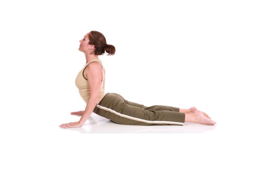 https://cf.ltkcdn.net/yoga/images/slide/181360-849x565-Cobra-Yoga-Pose.jpg