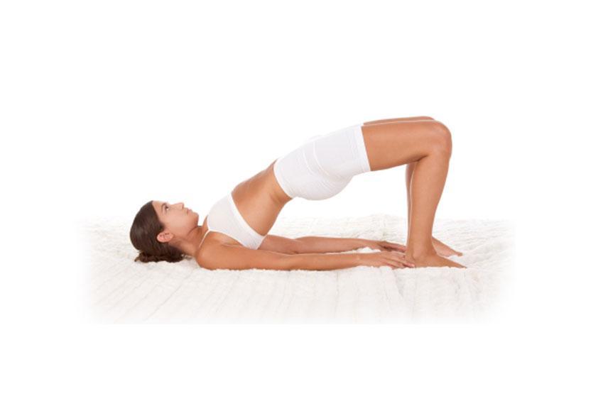 https://cf.ltkcdn.net/yoga/images/slide/181362-849x565-Bridge-Yoga-Pose.jpg