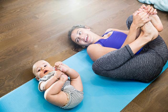 https://cf.ltkcdn.net/yoga/images/slide/225179-704x469-Baby-Pose.jpg