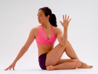 Seated Spinal Twist Benefits & How to Get Them