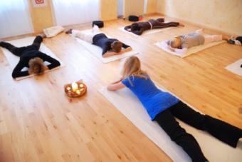 4 Yoga Poses for Hypertension: Alleviate Symptoms