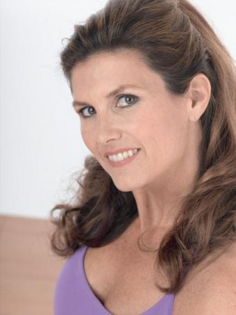 Mary Kaye Chryssicas Shares Insight on Kids' Yoga
