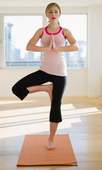 Daily Vinyasa Yoga Poses to Jumpstart Your Day