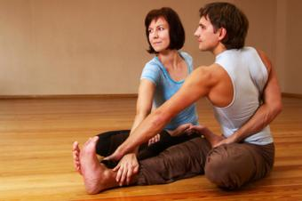 Couples Yoga Poses to Bring You Together