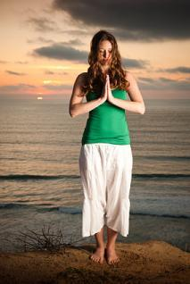 Yoga for Tennis Elbow Poses (With Steps)