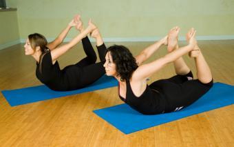 https://cf.ltkcdn.net/yoga/images/slide/121962-800x500-Bow-Pose.jpg