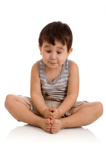 https://cf.ltkcdn.net/yoga/images/slide/121969-567x786-Boy-in-cobbler.jpg