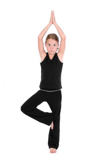 https://cf.ltkcdn.net/yoga/images/slide/121974-531x850-Tree-pose.jpg