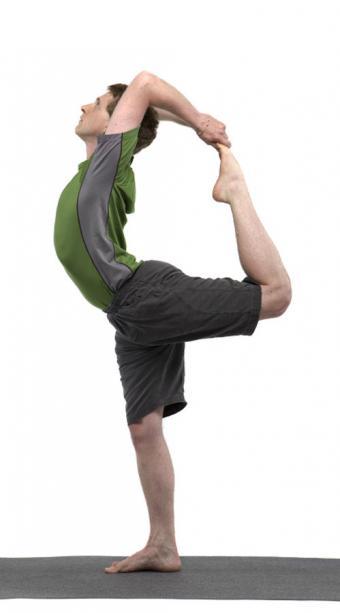 https://cf.ltkcdn.net/yoga/images/slide/121999-471x850-Lord-of-the-Dance-Pose.jpg