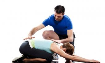 https://cf.ltkcdn.net/yoga/images/slide/141825-800x481r1-Childs-Pose-II-With-Assist.jpg