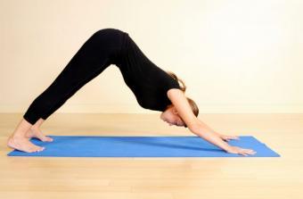 https://cf.ltkcdn.net/yoga/images/slide/141830-800x525r1-Downward-Dog.jpg
