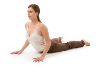 https://cf.ltkcdn.net/yoga/images/slide/141834-800x532r1-Cobra-Pose.jpg