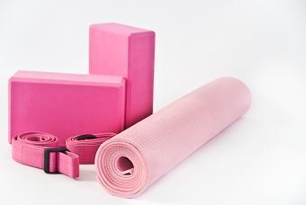 10 Yoga Starter Kits for Kids & Adults