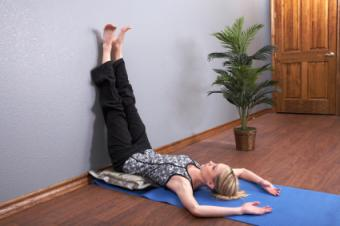 https://cf.ltkcdn.net/yoga/images/slide/159314-425x282-is-legs-up-wall.jpg