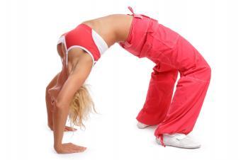https://cf.ltkcdn.net/yoga/images/slide/168226-849x565-trendy-clothes.jpg