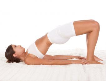 https://cf.ltkcdn.net/yoga/images/slide/202900-850x649-Bridge-pose.jpg