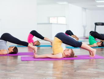 https://cf.ltkcdn.net/yoga/images/slide/202906-850x649-Plow-pose.jpg