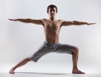 https://cf.ltkcdn.net/yoga/images/slide/202916-850x649-Warrior-2-pose.jpg