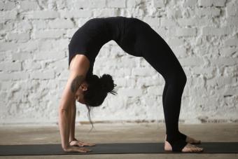Wheel Yoga Pose: 7 Steps to Master This Move