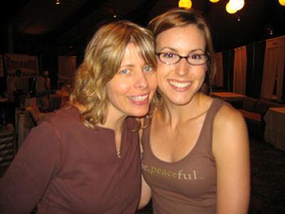 Diane_Donahue_(l)_and_Jill_Zechmeister.jpg