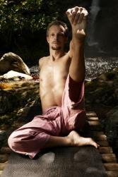 Yoga_for_men.jpg